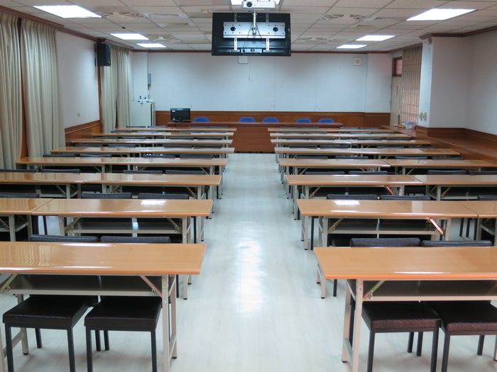 Classroom S703(shooting in front)