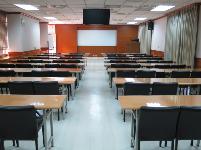 Classroom S703(shooting in rear)