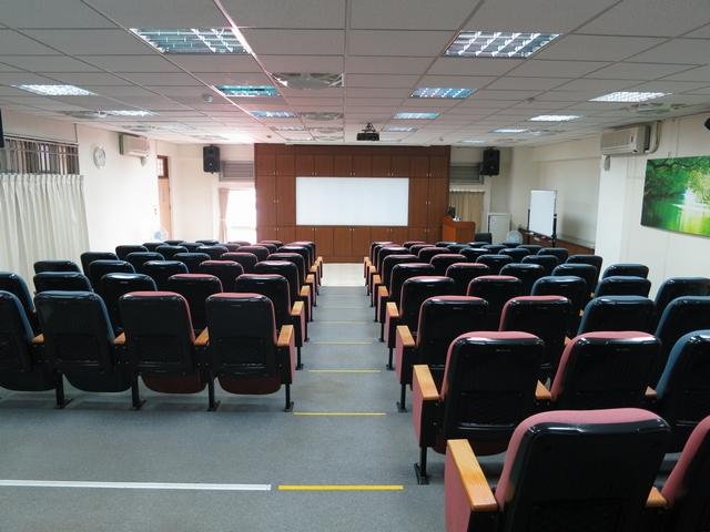 Classroom S706(shooting in rear)